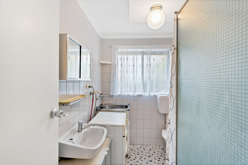 Photo - 1/10-12 Fosters Road, Hillcrest SA 5086  - Image 9