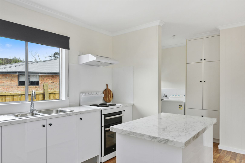 Photo - 1/10 Schouten Street, Warrane TAS 7018  - Image 7