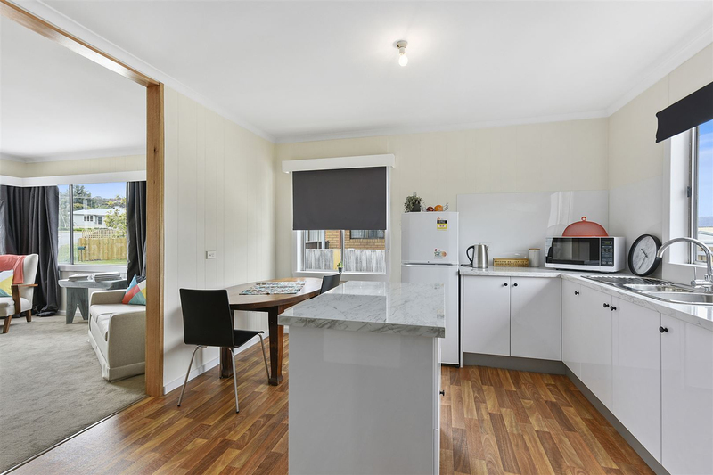 Photo - 1/10 Schouten Street, Warrane TAS 7018  - Image 8