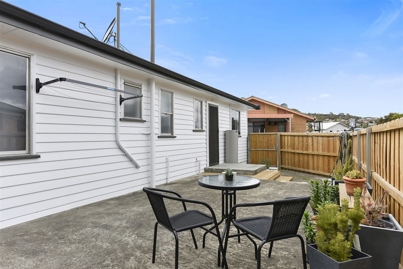 Photo - 1/10 Schouten Street, Warrane TAS 7018  - Image 14