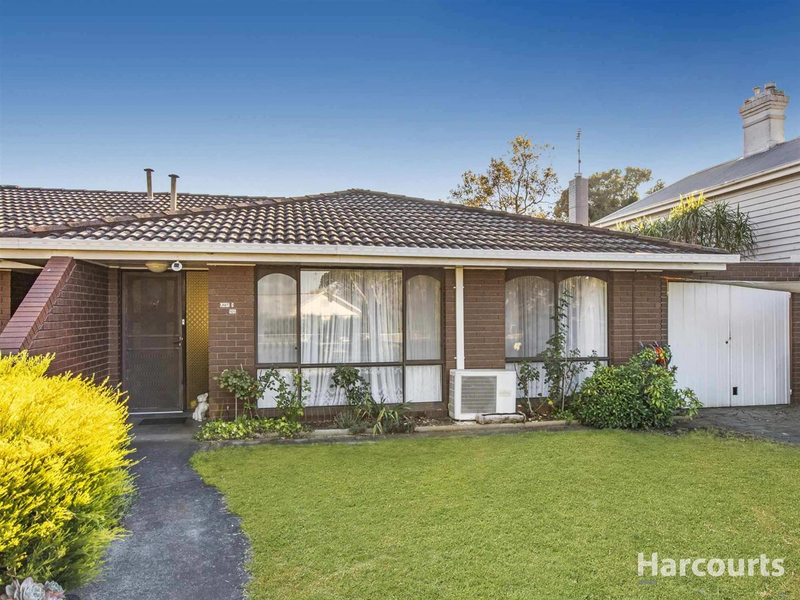 Photo - 1/105 Victoria Street, Warragul VIC 3820  - Image 2