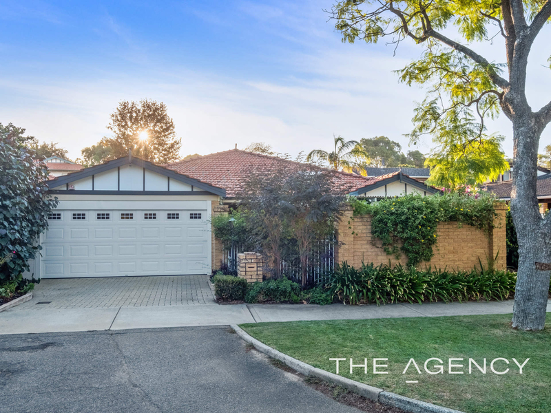 Photo - 1/11 Strickland Street, South Perth WA 6151  - Image 1