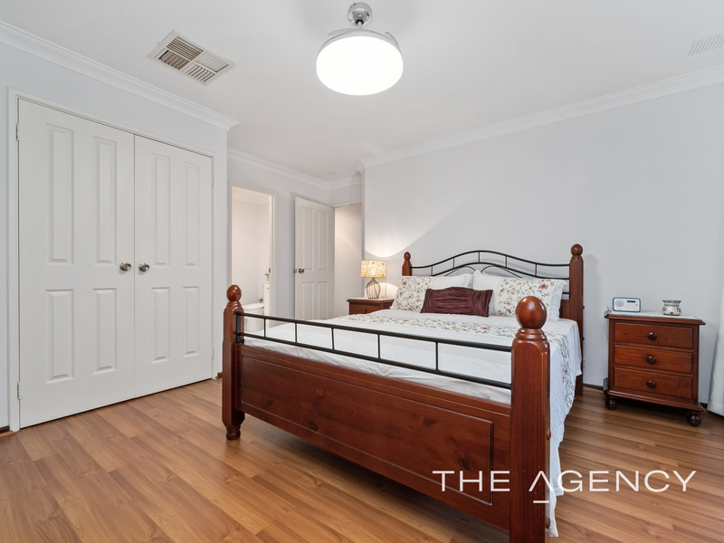 Photo - 1/11 Strickland Street, South Perth WA 6151  - Image 20