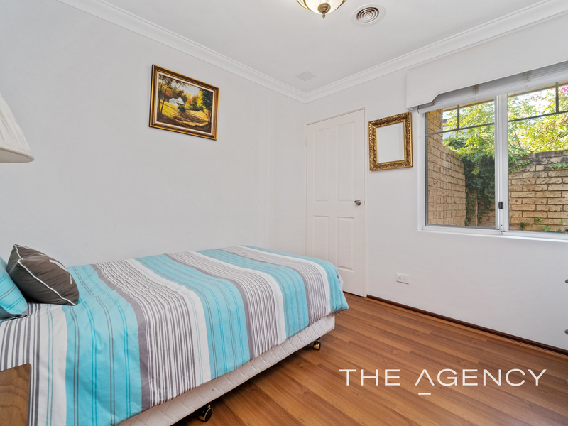 Photo - 1/11 Strickland Street, South Perth WA 6151  - Image 22
