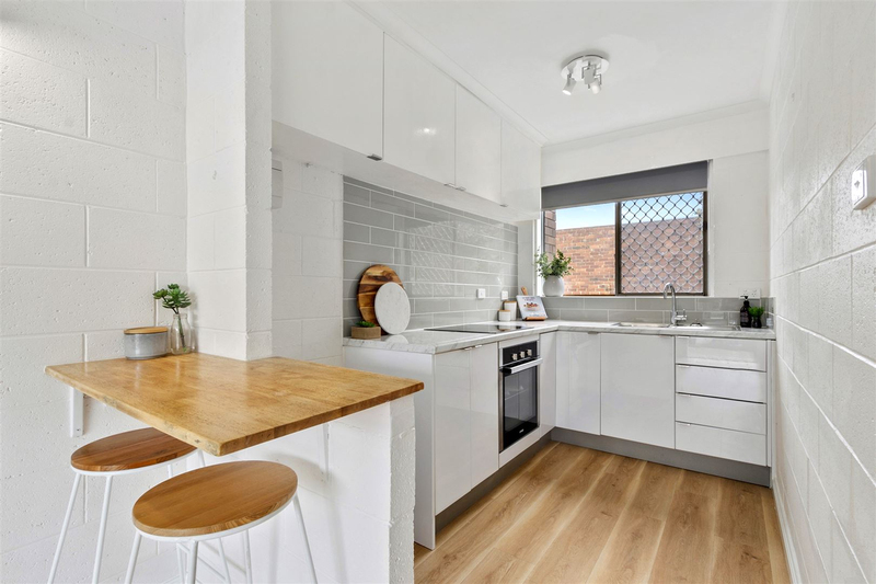Photo - 11/3 Clifford Court, Howrah TAS 7018  - Image 4