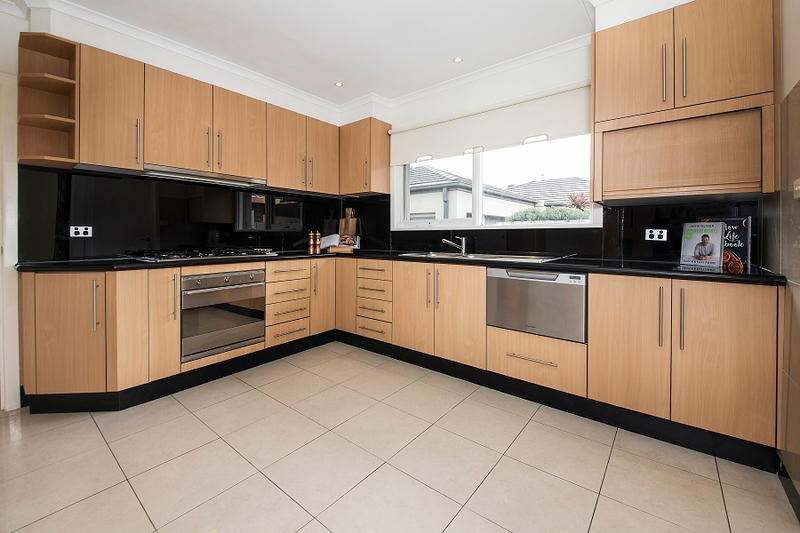 Photo - 1/139 Brady Road, Bentleigh East VIC 3165  - Image 4