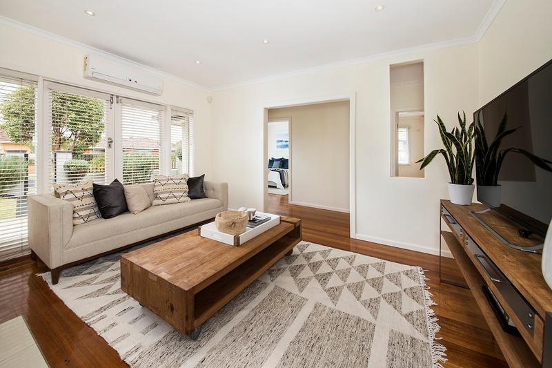 Photo - 1/139 Brady Road, Bentleigh East VIC 3165  - Image 5