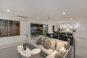 PRIVATE OPEN PLAN LIVING