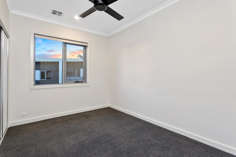 Photo - 11/5 Nevertire Street, Lawson ACT 2617  - Image 12
