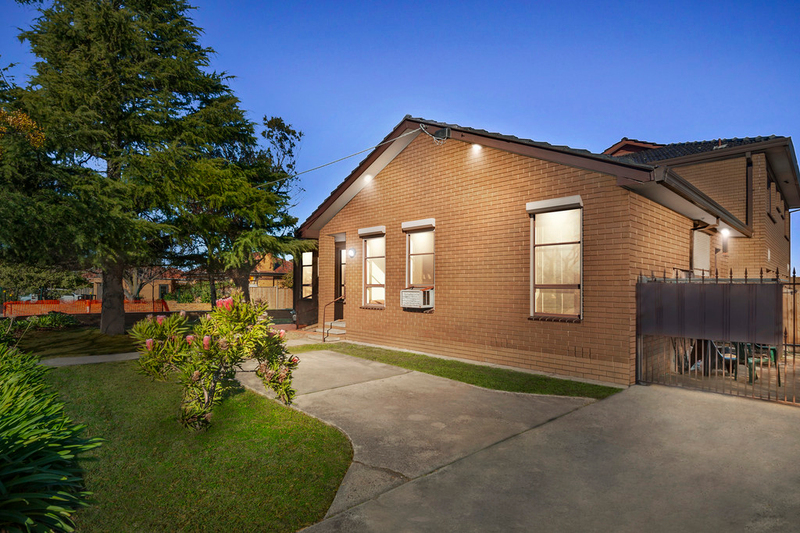 1/1610 Dandenong Road, Huntingdale VIC 3166