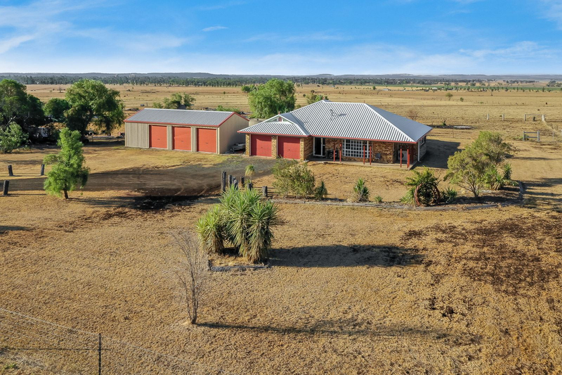 119 Fourak Road, Oakey QLD 4401