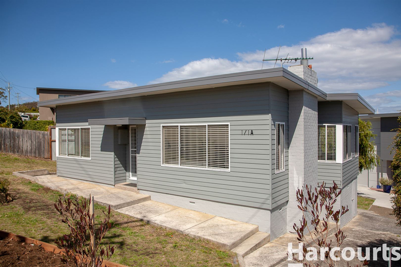Photo - 1/1A Mortyn Place, Howrah TAS 7018  - Image 1