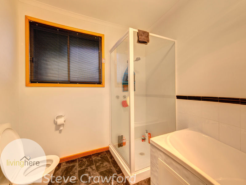 Photo - 1&2, 12 Mountgarrett Court, Youngtown TAS 7249  - Image 6