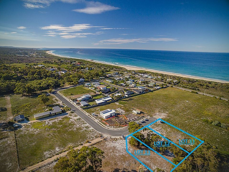 Photo - 12-18 & 33 Freshwater St Beaumaris TAS 7215  - Image 1