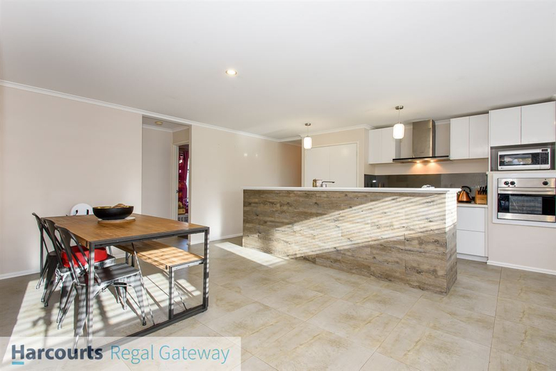 Photo - 12 Arno Lane, Success WA 6164  - Image 6