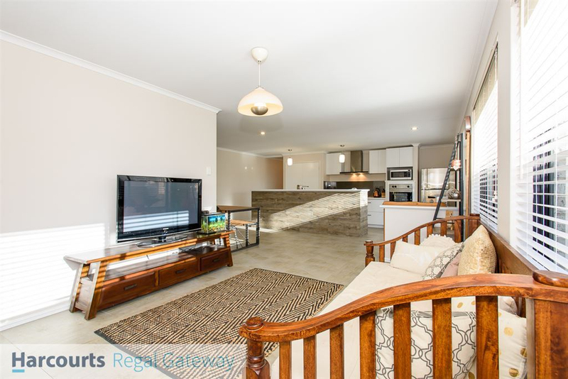 Photo - 12 Arno Lane, Success WA 6164  - Image 7