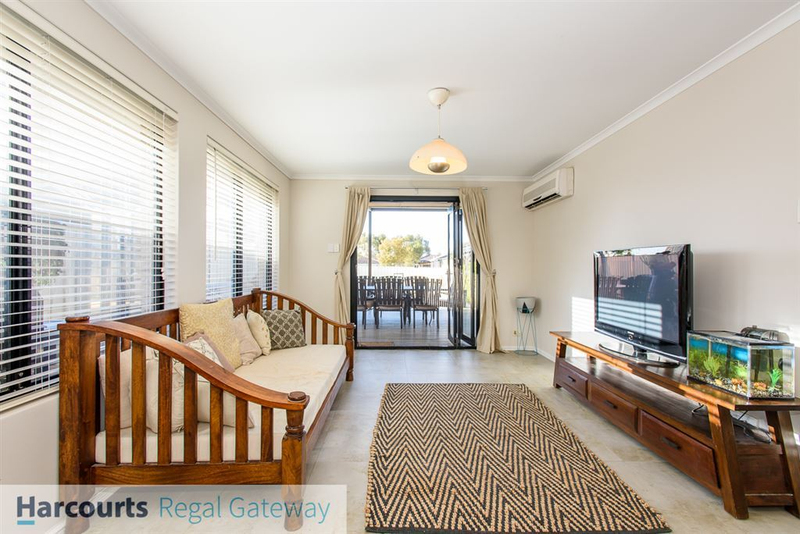 Photo - 12 Arno Lane, Success WA 6164  - Image 8