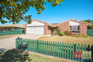 FAMILY HOME IN SOUGHT AFTER LOCATION ON A LARGE BLOCK