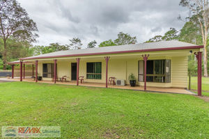 PRIVATE 2 ACRE LIFESTYLE PROPERTY + INGROUND POOL!!
