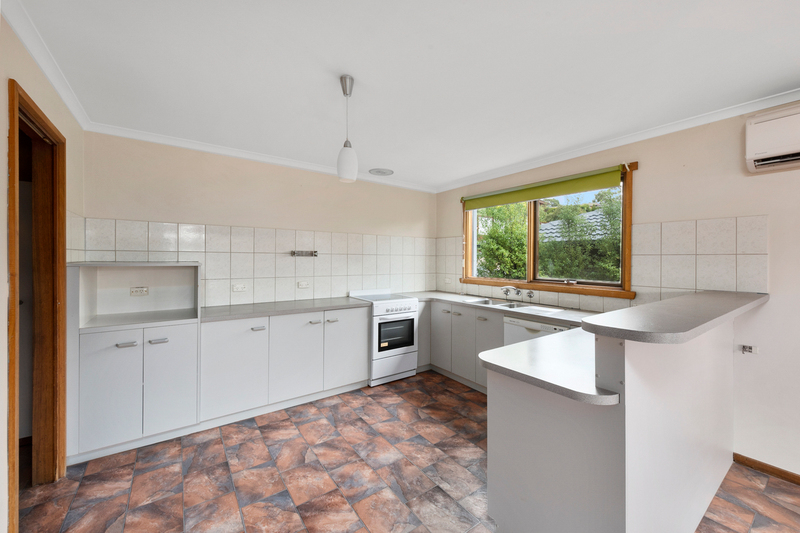Photo - 12 Louise Road, Austins Ferry TAS 7011  - Image 2