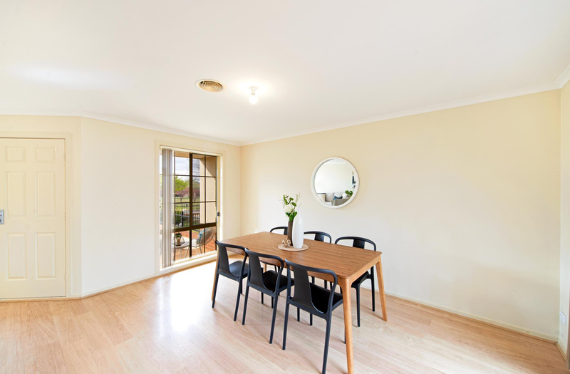 Photo - 12 Paisley Street, Nicholls ACT 2913  - Image 6