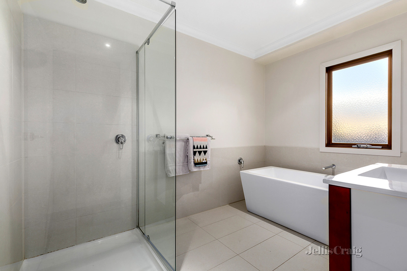 Photo - 12 Purtell Street, Bentleigh East VIC 3165  - Image 7
