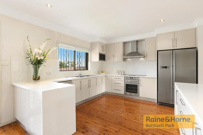 Photo - 12 Rhonda Avenue, Narwee NSW 2209  - Image 2