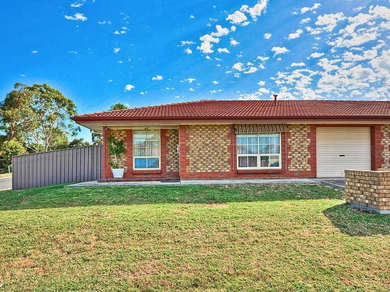 1/2 Wackett Street, Modbury Heights SA 5092