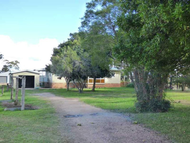 120 Buyers Rd., Crows Nest QLD 4355