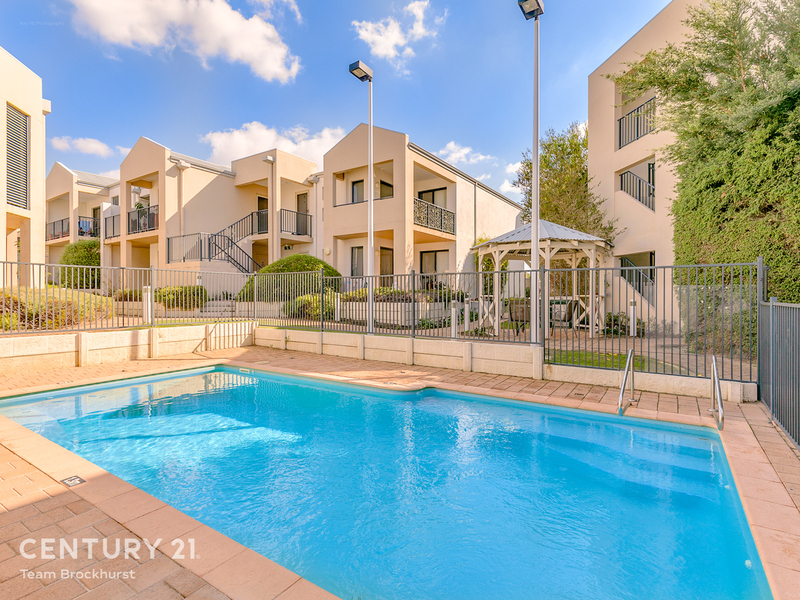 12/17 Southdown Place, Thornlie WA 6108