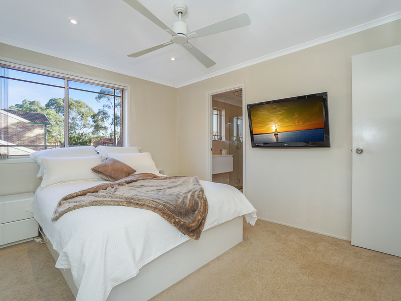 Photo - 12/19 Owen Jones Row, Menai NSW 2234  - Image 1