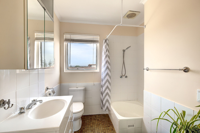 Photo - 12/194 Seaview Road, Henley Beach South SA 5022  - Image 5