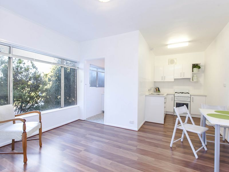 12/23 Military Road, West Beach SA 5024