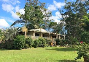 **HIGHLY MOTIVATED SELLERS**  Noosa Hinterland Property