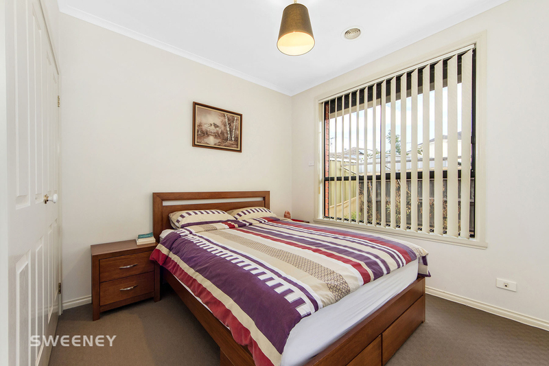Photo - 123 Moonstone Circuit, St Albans VIC 3021  - Image 8