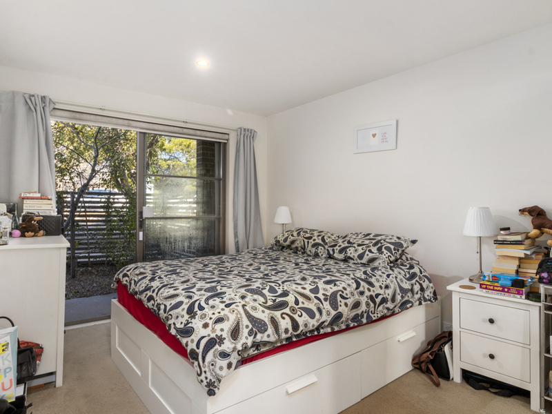 Photo - 1/25 Owen Crescent, Lyneham ACT 2602  - Image 6