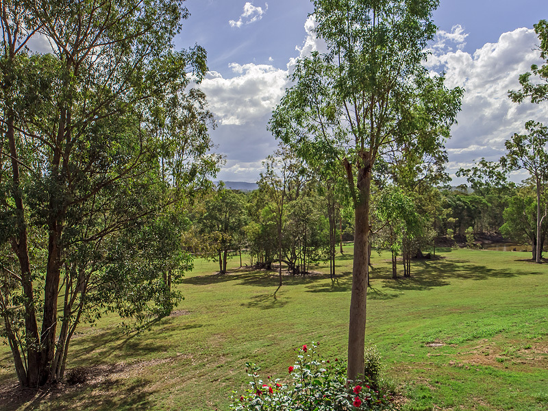 Properties For Sale Pine Mountain Qld