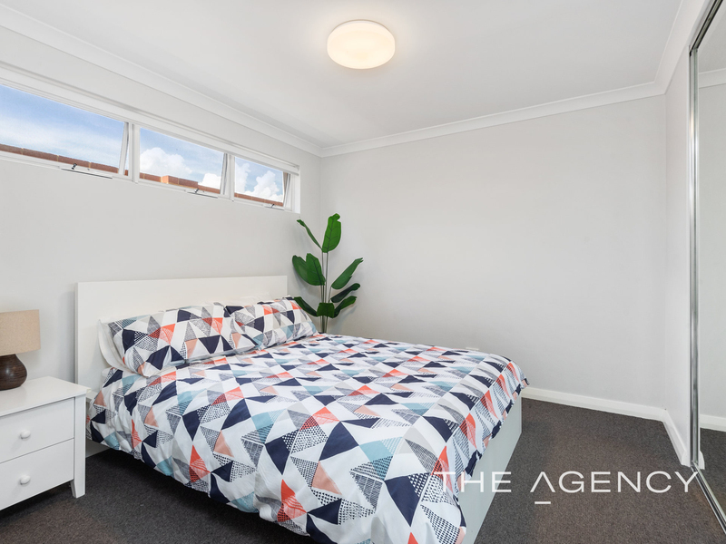 Photo - 1/2A Clydesdale Street, Burswood WA 6100  - Image 15