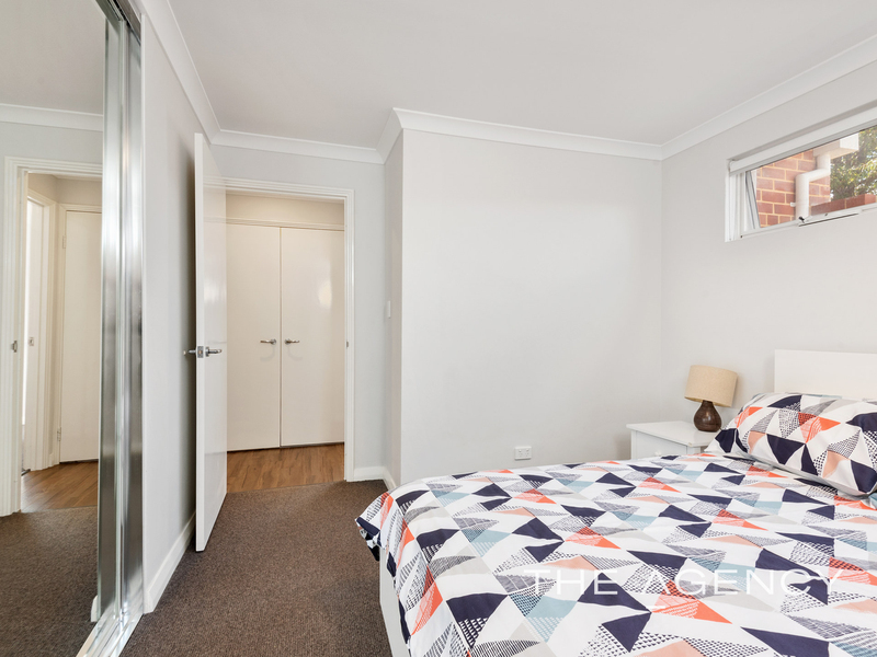 Photo - 1/2A Clydesdale Street, Burswood WA 6100  - Image 16