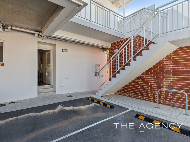 Photo - 1/2A Clydesdale Street, Burswood WA 6100  - Image 22