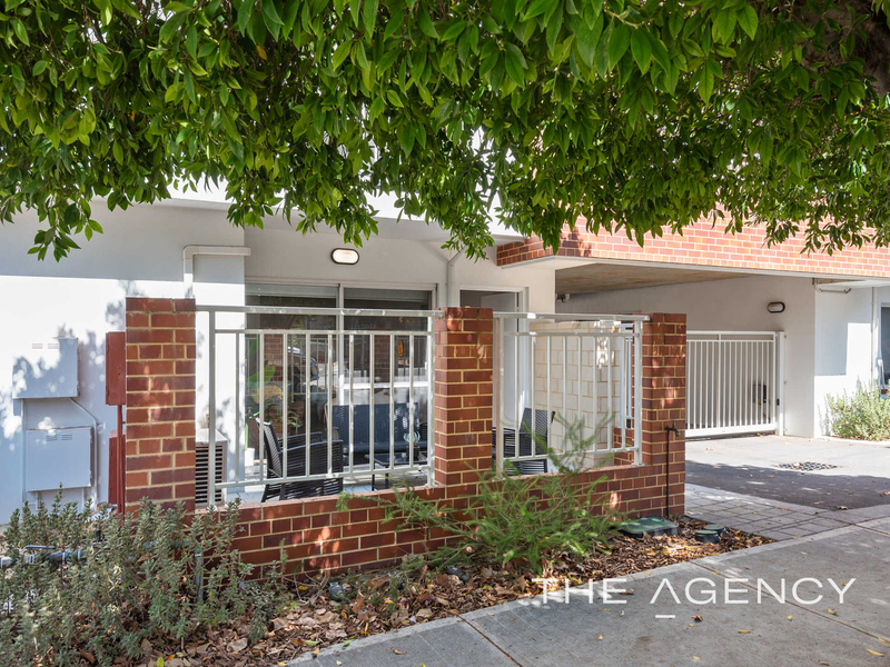 Photo - 1/2A Clydesdale Street, Burswood WA 6100  - Image 25