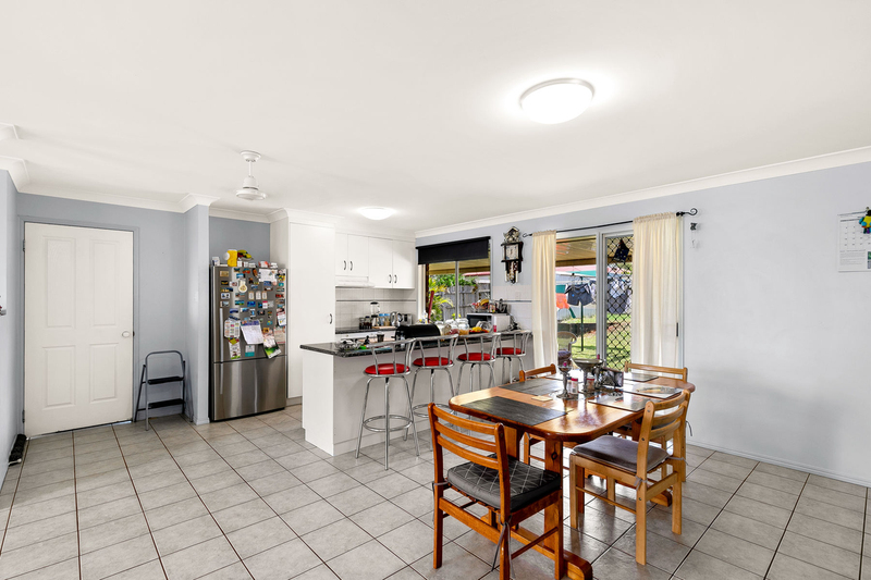Photo - 13 Banksia Street, Newtown QLD 4350  - Image 2