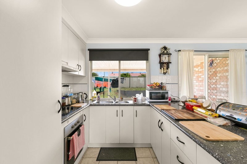 Photo - 13 Banksia Street, Newtown QLD 4350  - Image 3