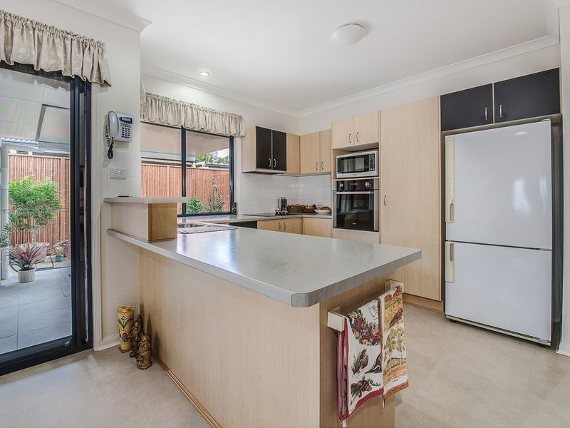 Photo - 13 Fantail Place, Twin Waters QLD 4564  - Image 6