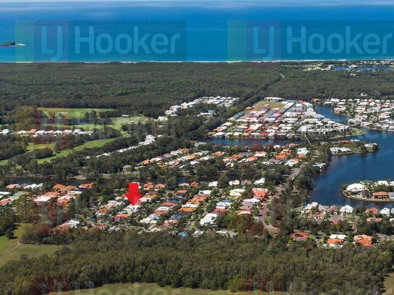 Photo - 13 Fantail Place, Twin Waters QLD 4564  - Image 8