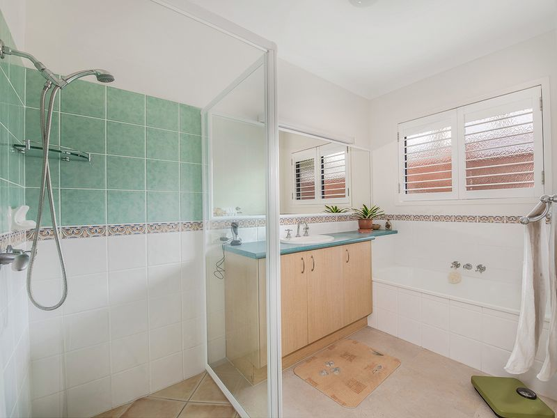 Photo - 13 Fantail Place, Twin Waters QLD 4564  - Image 13