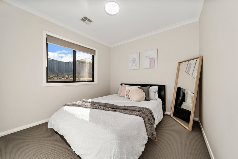 Photo - 13 Maxwell Street, Googong NSW 2620  - Image 15