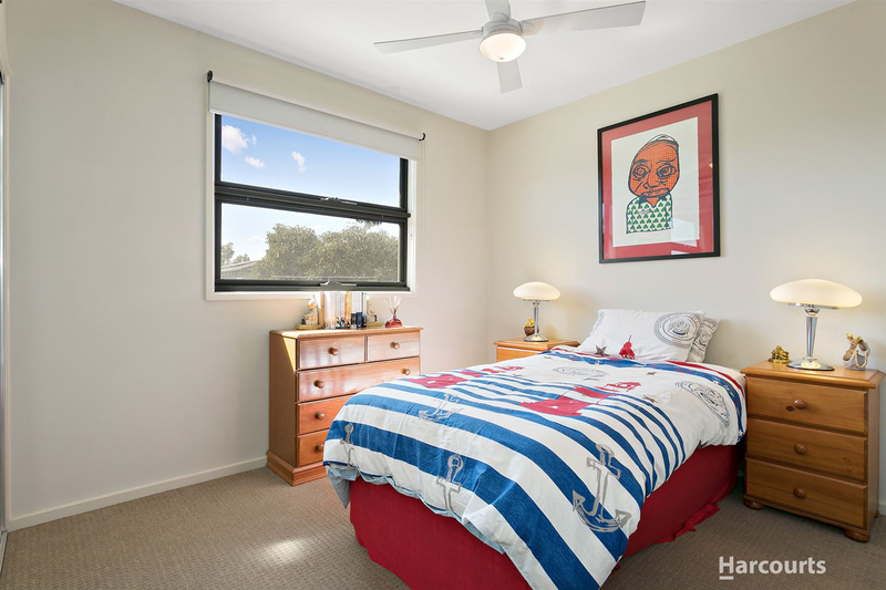 Photo - 13 Park Avenue, West Footscray VIC 3012  - Image 9