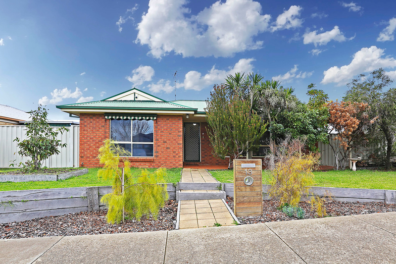 13 Perennial Rise, Grovedale VIC 3216