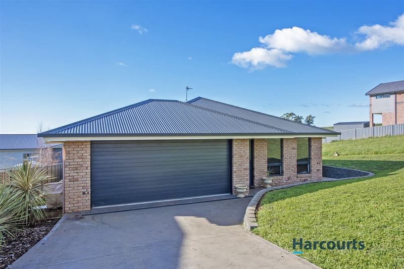 13 Southern Cross Drive, Ulverstone TAS 7315